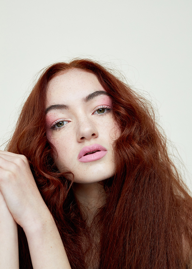 Ashley O'Connor Make Up.